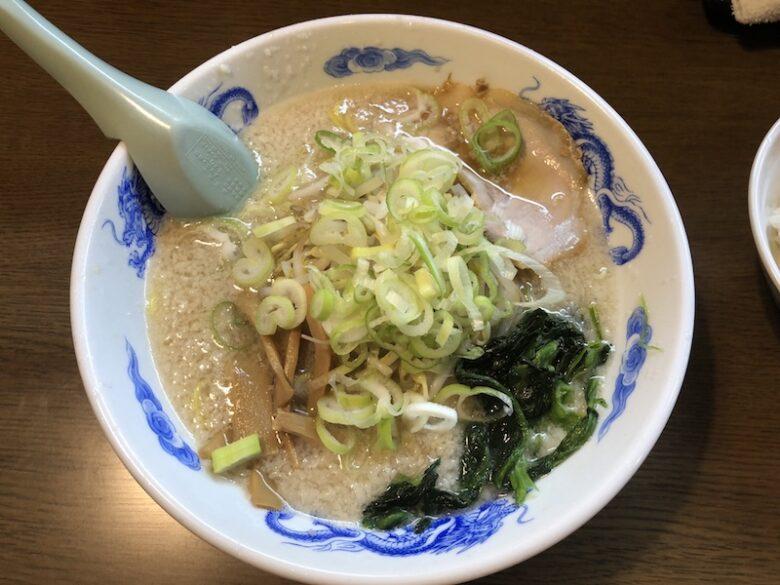 麺屋亥龍の背脂醤油ラーメン