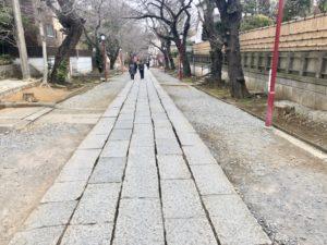 中山法華経寺の参道