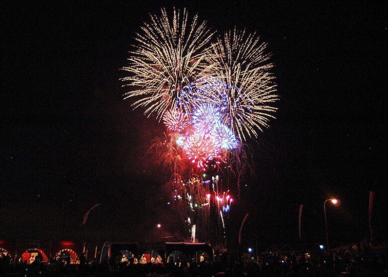 富津市民花火大会の花火のイメージ