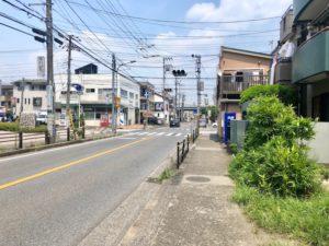 禪(ひらめき)の前の産業道路